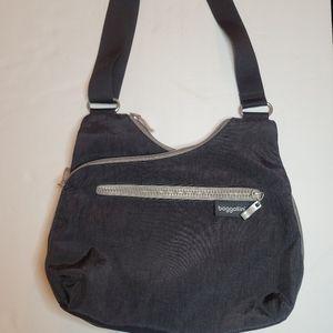 Baggallini Cohort Black Crossbody Shoulder Bag
